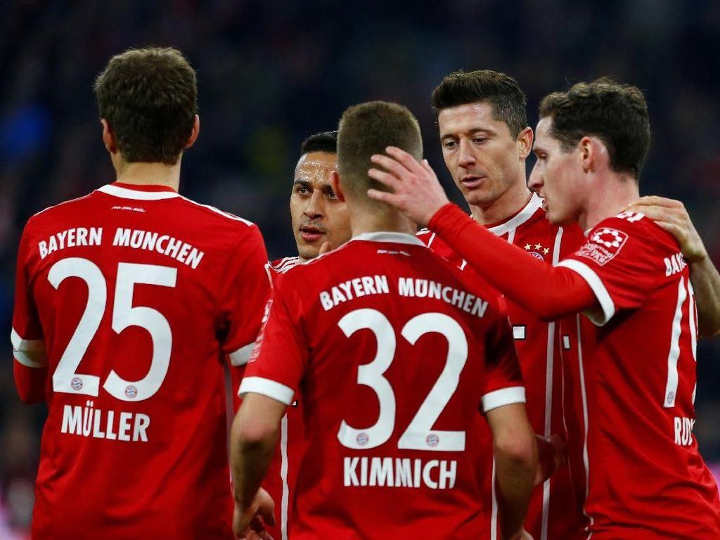 Bayern Munich telah memastikan diri sebagai juara Bundesliga musim ini meski liga masih menyisakan empat pekan lagi. Sepanjang musim ini Die Roten baru kebobolan sebanyak 22 kali. (Foto: Michaela Rehle/Reuters)