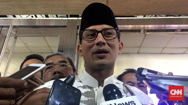Sandi Ajak Netizen 'Bungkam' Media Asing Pengkritik Kali Item