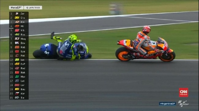 VIDEO: Drama Marquez Tabrak Rossi di MotoGP Argentina