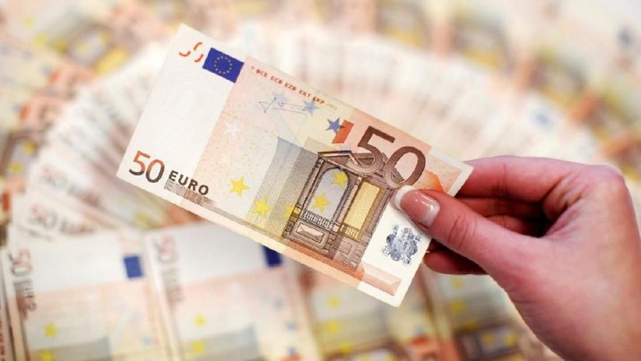 Rupiah Menguat, Bank Masih Jual Euro Nyaris Rp 17.000
