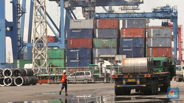 Badan Pusat Statistik (BPS) melaporkan neraca perdagangan Oktober 2018 mengalami defisit US$ 1,82 miliar.