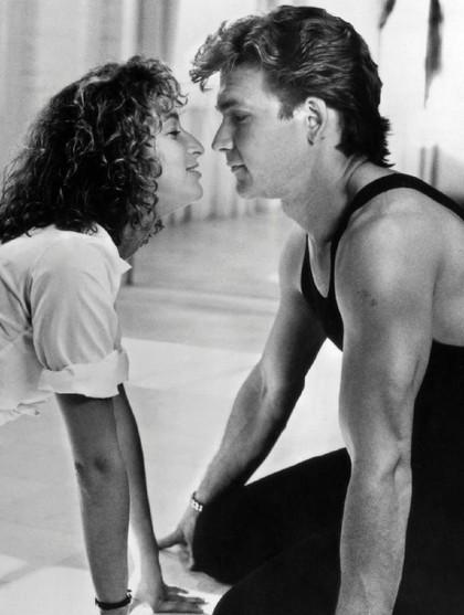 8 Pasangan yang Super Romantis di Film Tapi Ternyata Saling Benci 1