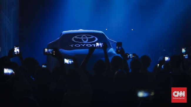 Penjualan Kendaraan Meningkat, Toyota Pimpin Pasar Roda Empat