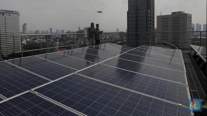 ESDM menerbitkan dua aturan baru untuk pemasangan panel surya