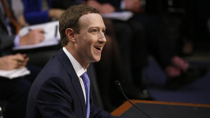 Milad ke-15, Bos Facebook Bantah Jual Data Pengguna
