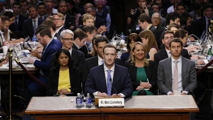 Facebook tidak melaporkan masalah kebocoran data oleh Cambridge Analytica sebab percaya lembaga itu telah menghapus data tersebut.