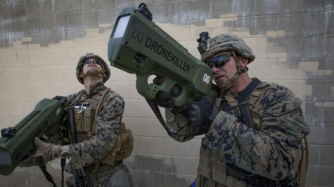 Marinir AS menguji sistem anti-pesawat tanpa awak, Drone Killer dalam Latihan Angkatan Laut ANTX-18 di Camp Pendleton, California, Amerika Serikat, 21 Maret 2018. (US Marine Corps/Lance Cpl. Rhita Daniel/Handout via REUTERS)