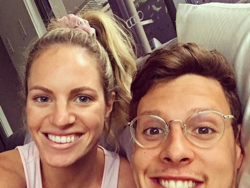 Pengacara Hingga Fotografer, Cantiknya Pacar Para Atlet Australia