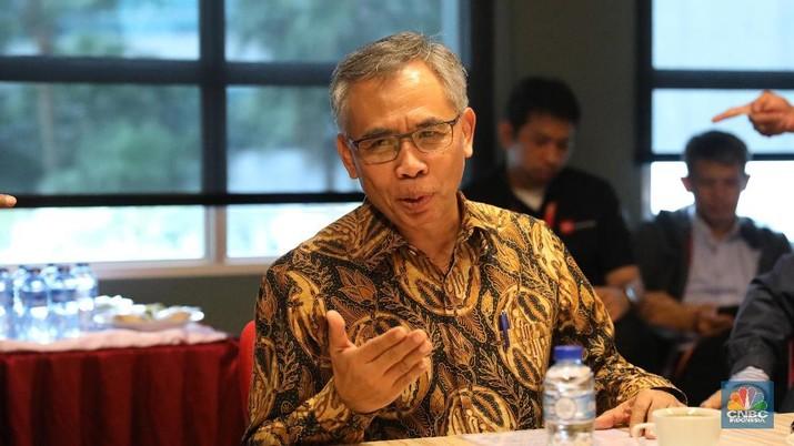 Kenaikan suku bunga acuan Bank Indonesia (BI) yang sudah mencapai 100 basis poin di tahun ini, belum berpengaruh kepada kenaikan bunga deposito dan kredit.
