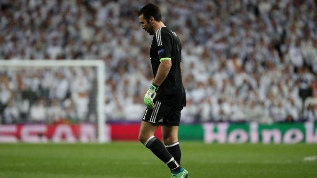 Buffon Disanjung Suporter Real Madrid Usai Diusir Wasit