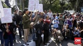 Warga Tamansari Demo di PTUN Kawal Putusan Gugatan