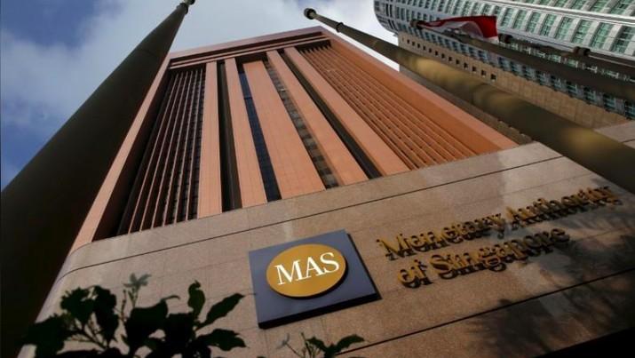 Monetary Authority of Singapore (MAS) mengatakan akan sedikit meningkatkan slope dari rentang pergerakan dolar Singapura.