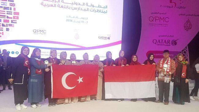 Anak Indonesia Juara Pertama Debat Bahasa Arab di Qatar