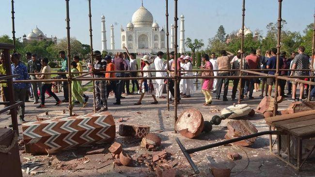 Atasi Kepadatan Pengunjung, Taj Mahal Naikkan Harga Tiket