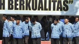 PNS Bandung yang Ketahuan Merokok Bakal Kena Potong Tunjangan