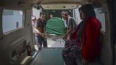 RSUD Cicalengka mencatat, hinggaJumat (13/4),korban miras oplosan yang meninggal di RSUD Cicalengka sebanyak 34 orang, serta satu orang masih menjalani perawatan intensif. (ANTARA FOTO/Raisan Al Farisi/aww/18.).