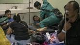 Sampai Selasa (10/4), total 103 korban miras oplosan masuk RSUD Cicalengka dengan 29 korban dirawat di IGD, 19 korban rawat inap, dan sisanya telah dibawa pulang oleh keluarganya. (ANTARA FOTO FOTO/Novrian Arbi/Spt/18).