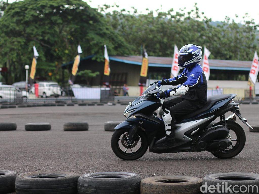 Yamaha akan kembali menggelar fun riding di Yamaha Sunday Race bulan Mei mendatang. Foto: Yamaha