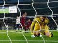 Manchester City Kalahkan Tottenham Hotspur 3-1