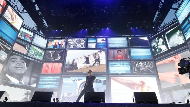 Beragam musisi lintas genre tampil di Coachella, salah satunya rapper Vince Staples. (REUTERS/Mario Anzuoni)