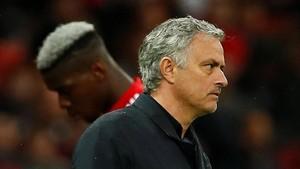 Meme Lucu Usai Jose Mourinho Dipecat dari Man United
