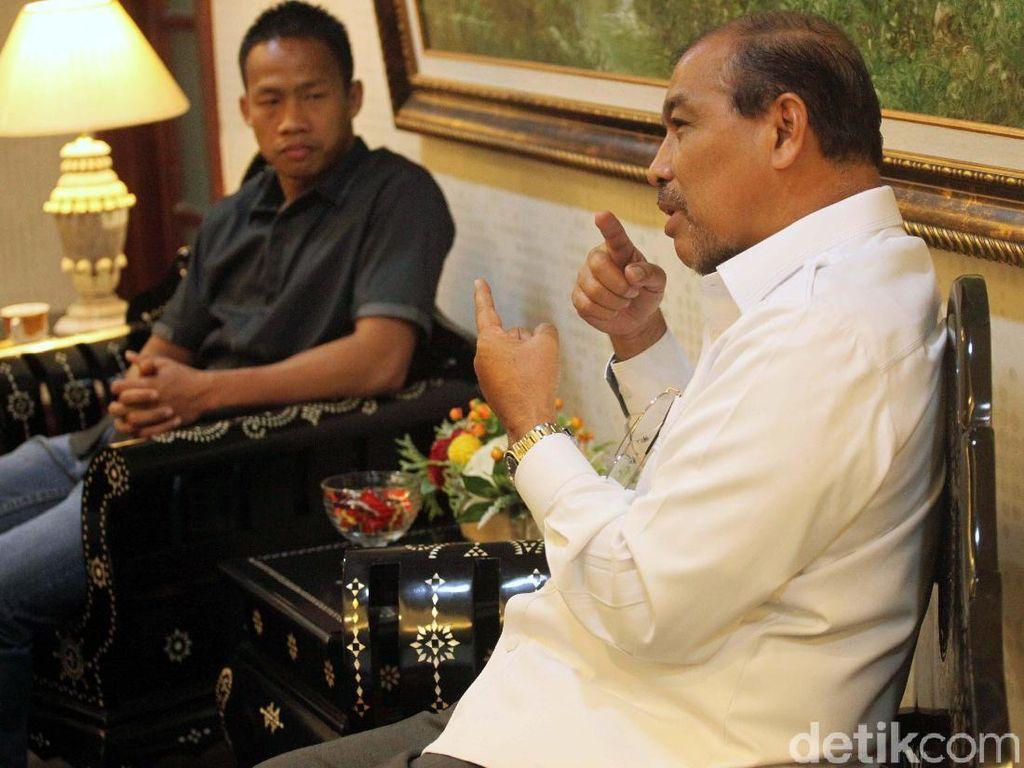 Wakil Ketua DPD RI, Nono Sampono mengaku bangga dan senang dengan rencana pertandingan Daud Yordan dan berdoa semoga menang.