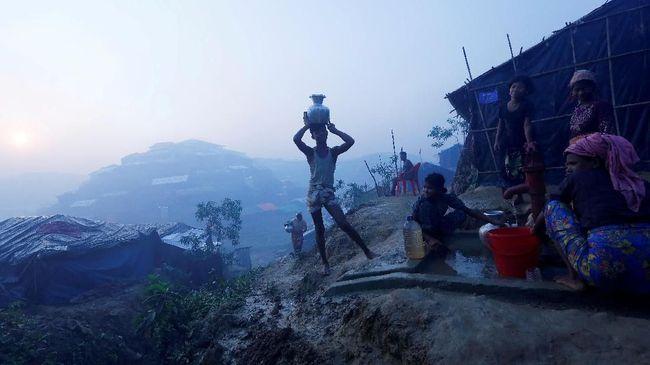 Myanmar Pulangkan Keluarga Rohingya Pertama ke Rakhine