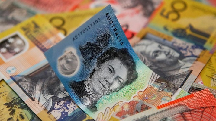FILE PHOTO: Australian dollars are seen in an illustration photo February 8, 2018. REUTERS/Daniel Munoz/File Photo                       GLOBAL BUSINESS WEEK AHEAD