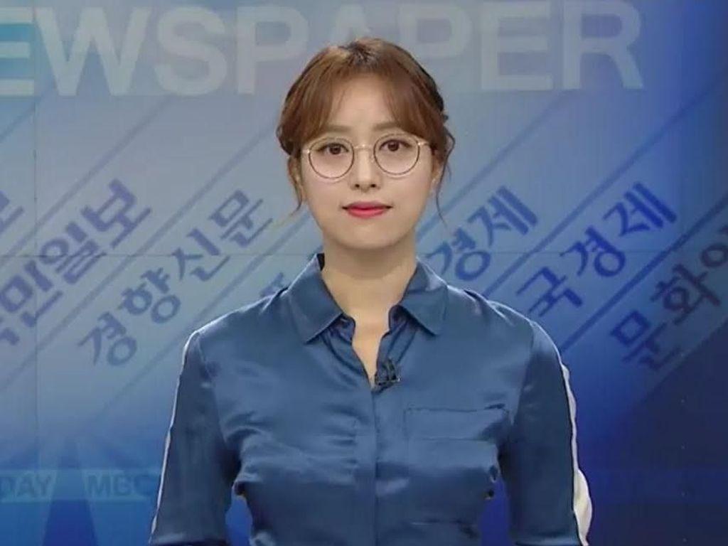 Pakai Kacamata Saat Siaran, Presenter Berita Cetak Sejarah di TV Korea
