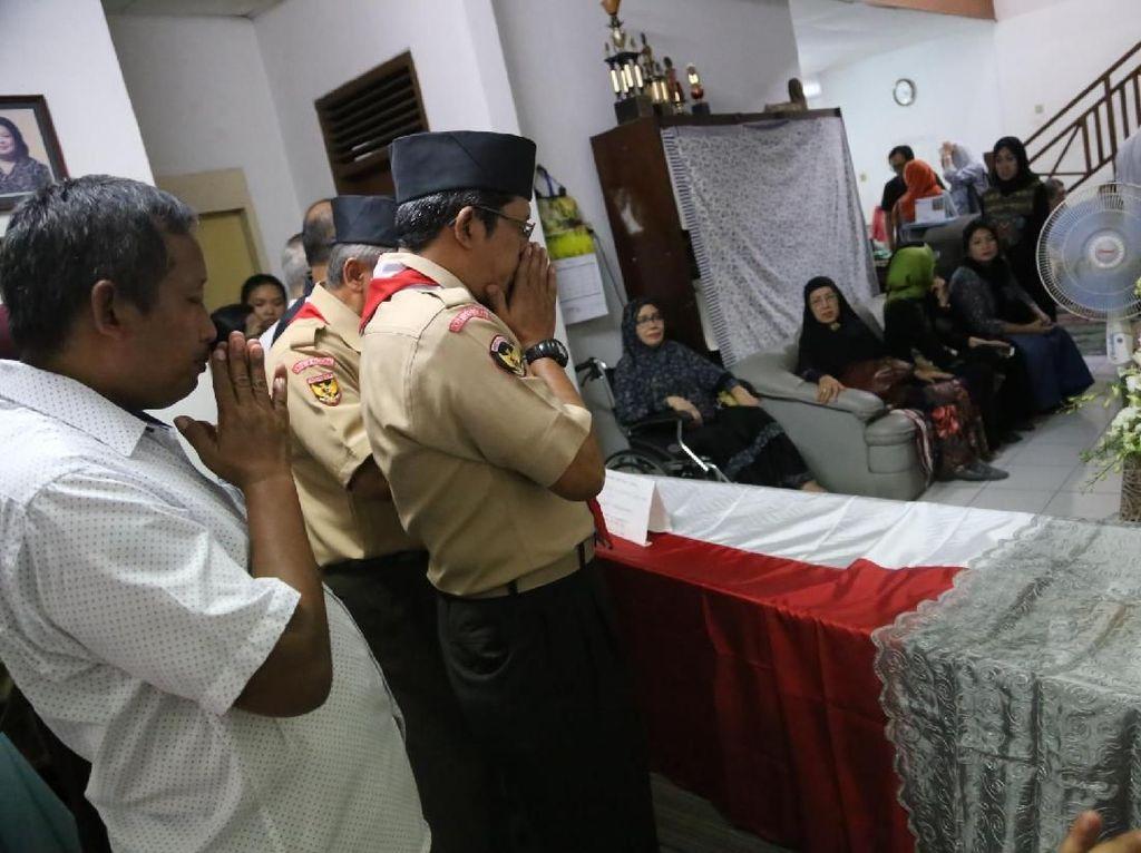 Pemeran Presiden Soeharto dalam film Penghianatan G30S/PKI sudah lama dirawat. Foto: Hanif Hawari/detikHOT