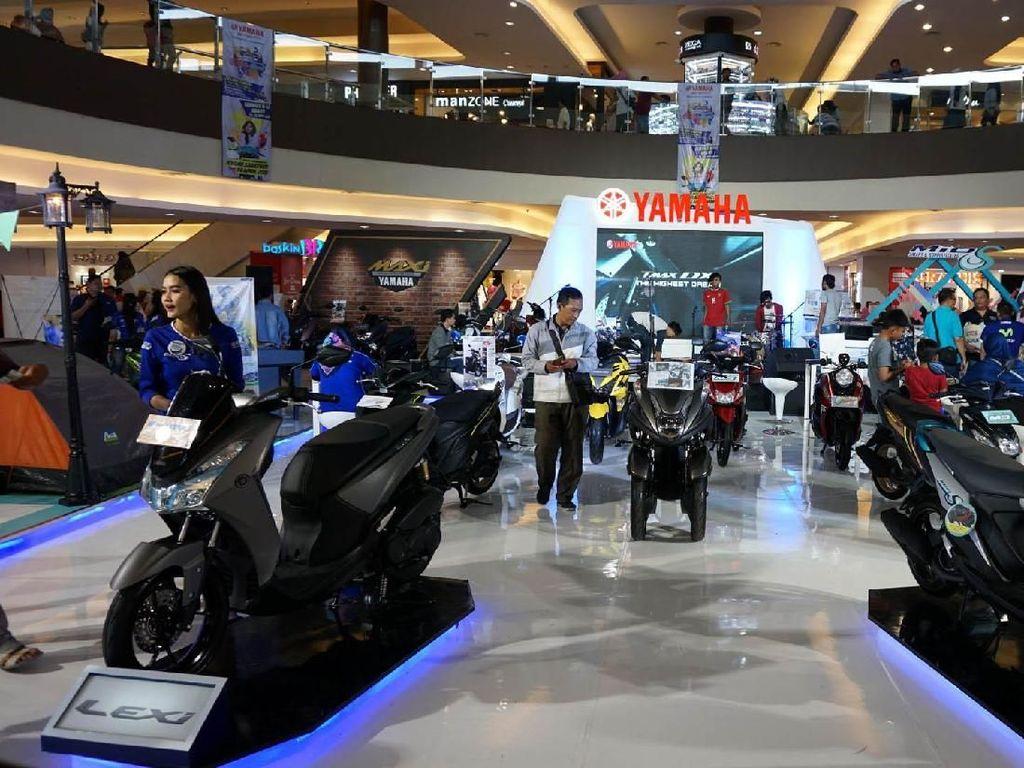 Di ajang BYMS Cirebon pengunjung dapat memperoleh informasi mengenai product knowledge motor-motor berteknologi Blue Core. Istimewa/Yamaha.