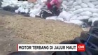 MOTOR TERBANG DI JALUR MAUT