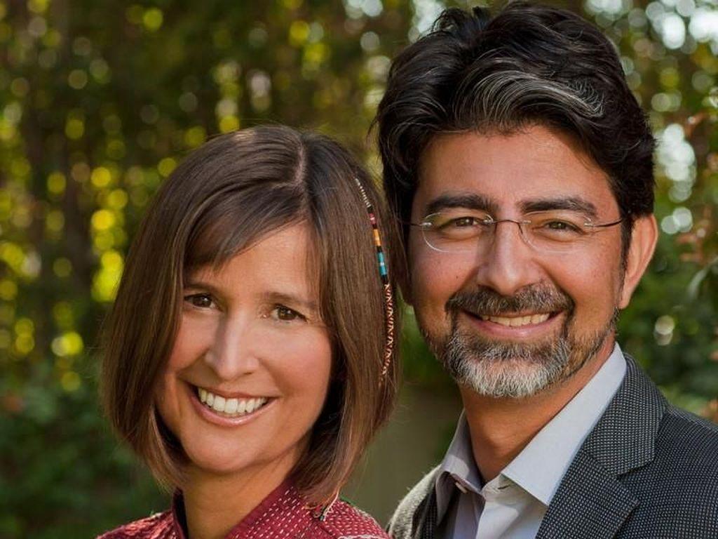 Piere Omidyar, pendiri eBay, bersama istri tercinta Pamela Kerr. Mereka menjalani kehidupan privat dan tak pernah tertimpa gosip. Foto: istimewa