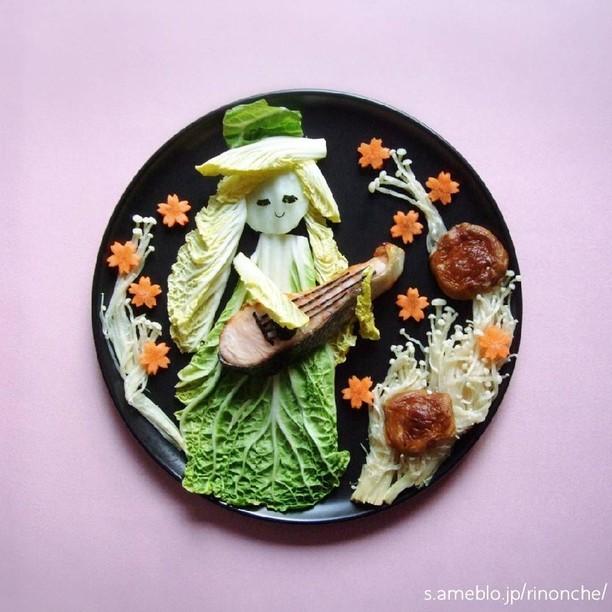 Ah, Cantiknya! Sosok Wanita Cantik dan Nenek Ini Terbuat dari Sayur dan Buah