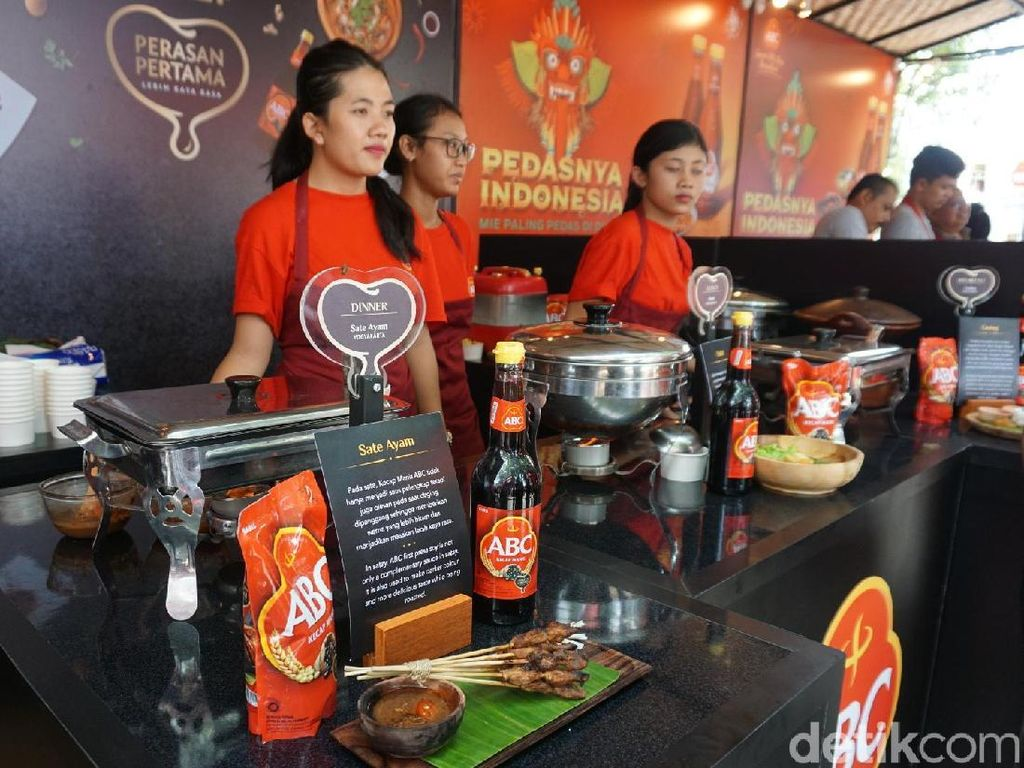 Ini booth Kecap Manis ABC yang setiap hari sajikan makanan enak dari berbagai penjuru Indonesia yang bisa dicicipi gratis. Foto: detikfood