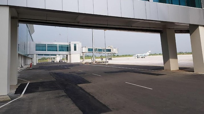Akses tol menuju Bandara Kertajati siap dibangun.
