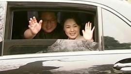 Bertemu Korsel, Kim Jong Un Hadir Tanpa Ibu Negara Ri Sol Ju