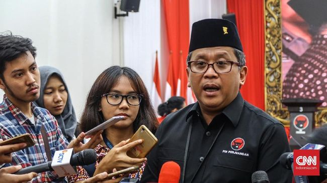 Canda Hasto soal Pidato SBY Pemimpin Baru: Maksudnya Jokowi