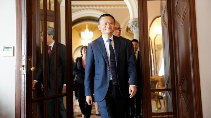 Bertemu Jack Ma, Jokowi Puas atas Investasi Alibaba di RI