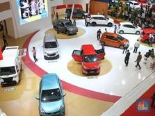 Suku Bunga Naik, Target Penjualan Mobil Tetap 1,1 Juta Unit