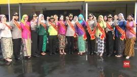 VIDEO: Hari Kartini, Polwan Polres Jaktim Berpakaian Adat