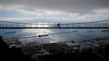 FOTO: Jembatan 'Gono Gini' Brexit