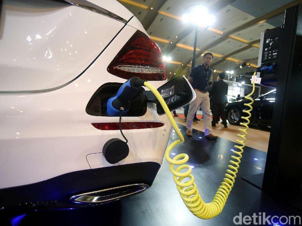 Heboh Mobil Listrik, Gaikindo: Jangan Matikan Mobil Konvensional