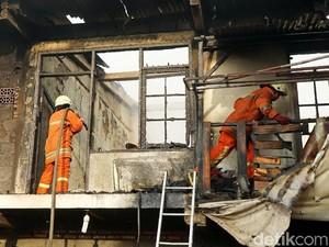 Kebakaran Kios di Kemayoran Berhasil Dipadamkan