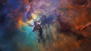 Teleskop Hubble NASA Bisa Lihat Materi Gelap