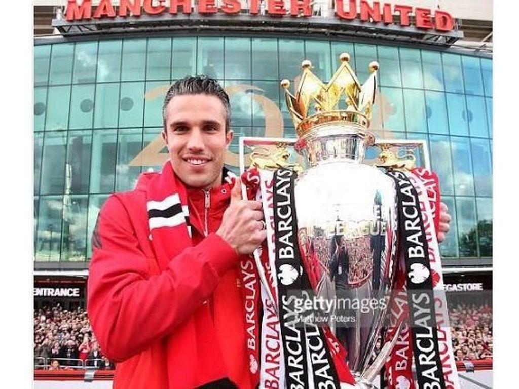 ans Manchester United ternyata turut berterima kasih kepada Wenger berkat Van Persie. Foto: istimewa