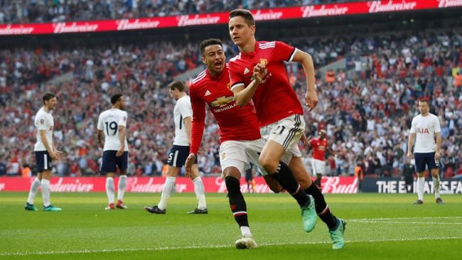 Kalahkan Tottenham, Man United ke Final Piala FA