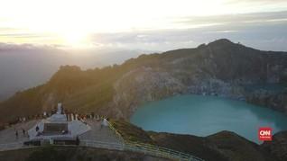 VIDEO: Pesona Keindahan dan Legenda Mistis Danau Kelimutu