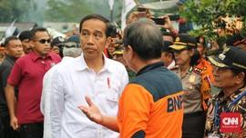 Cerita Warga Banjarnegara Tinggalkan Toko Demi Lihat Jokowi