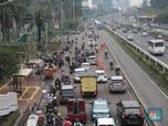 FOTO: Habis Demo Pasukan Hijau, Terjunlah Pasukan Orange